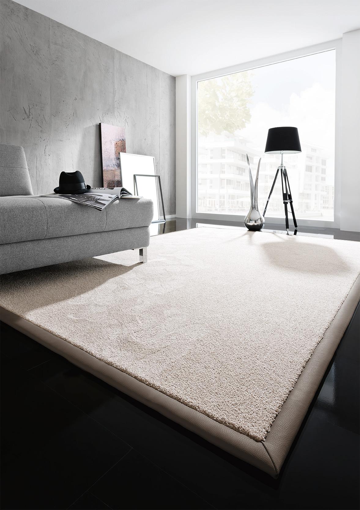 teppich ecken gl tten 13405520170921. Black Bedroom Furniture Sets. Home Design Ideas